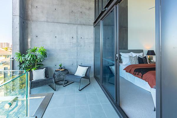 Silk Apartments